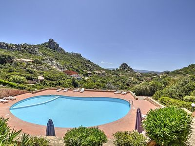 Photo for Casa Pedra: A characteristic and welcoming townhouse situated on a promontory facing the sea.