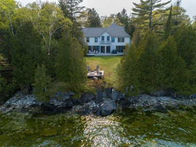 Photo for 5* Lakefront home, Architect Designed, 5 bed, 3.5 bath, next to Cave Point Park