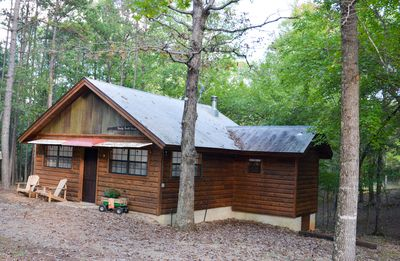 Shady Bend Bunk house, sleeps 4, paved to drive, 1 mile to Wolf Pen trail head