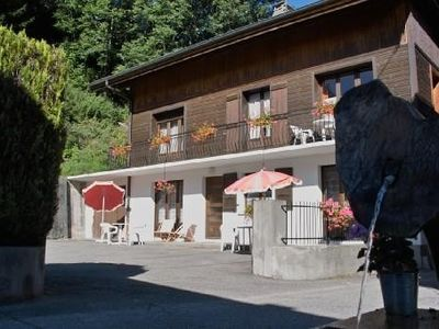 Photo for 41 m³ 2 rooms apartment sleeping 4, Morzine centre, quiet, South facing, garden