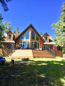 Photo for Family Getaway-Sleeps 10-Lakefront-Private-12 Min to Kenora