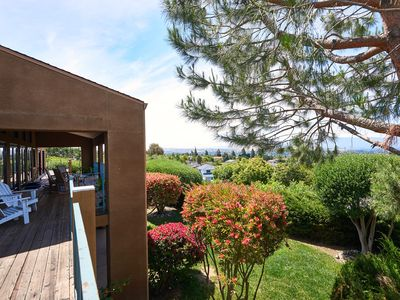 Photo for Scenic Bay View Home Sublime in East San Jose!