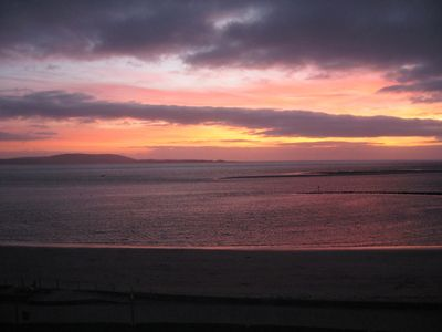 Stunning sunset from the balcony in Beachlands View