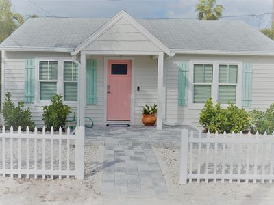 Photo for Fully remodeled 1920's beach Cottage