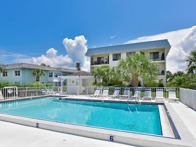 Photo for The Anna Maria Island Beach View 209-Private Beach Access-Heated Pool-Twelve Restaurants With In A Few Minutes Walk