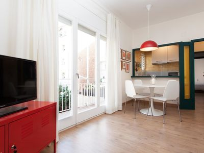 Photo for APARTMENT WITH EXCELLENT LOCATION IN THE HEART OF GRÀCIA IDEAL FOR COUPLES