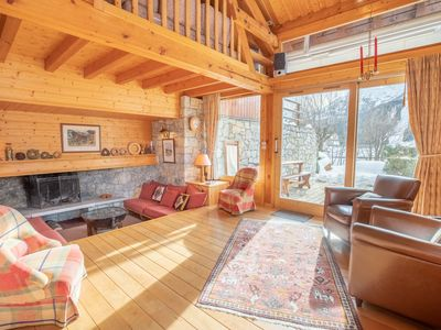 Photo for Lovely chalet 7 pers Meribel La Renarde 50m from the pistes
