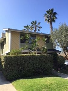 Photo for Southern California Dreaming in Spacious Beach Condo! Family and Pet Friendly