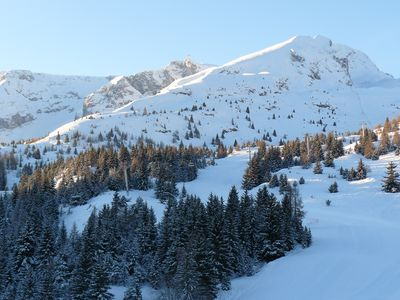 Photo for BEAUTIFUL APART. T3 41m2 4/6 people 50m pistes and services with balcony / terrace