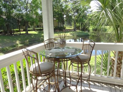 Beautiful first floor villa, peaceful wildlife view, walk to beach, pool/hot tub