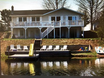 Sleeps 14! Waterfront Family Cottage on Upper Silver Lake.