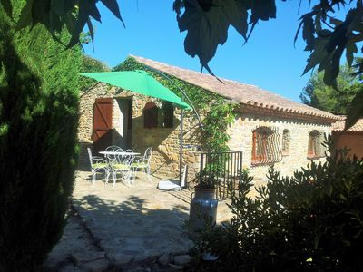 Photo for Small character house with garden in Provence / Côte d'Azur 6 km from the sea