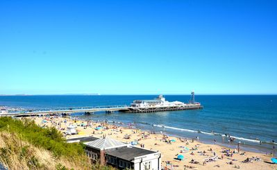 Photo for LUXURY APARTMENT - 3 mins walk to Bournemouth Beach with parking