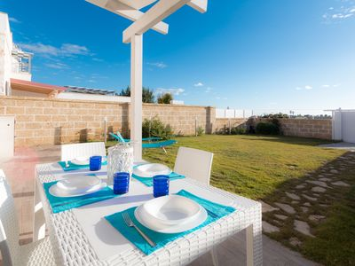 Photo for VIOLET VILLA in TORRE LAPILLO with private garden