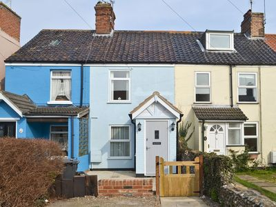 Photo for 2 bedroom property in Lowestoft. Pet friendly.