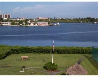 Photo for 1 Bedroom/1 Bath condo near Indian Rocks Beach