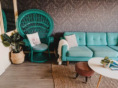 Photo for Sunny & Warm Retro styled Apartment with Amazing City Views
