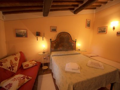 Photo for Romantic apartment near Pienza with jacuzzi in the garden
