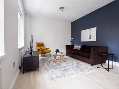 Photo for Lovely 2BR in West End by Sonder