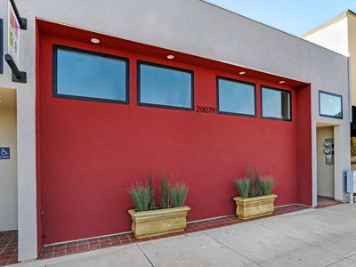 Photo for New Listing...Billie's on Broadway!   Stylish Modern Apartment in Sonoma