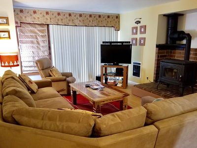 Photo for Quiet, 2 Bed/2 Bath, Walk to Shop and Restaurants