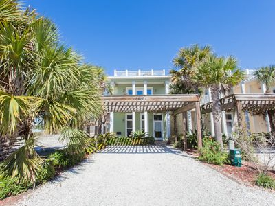 Photo for Luxurious Beach House with Private Pool and amazing beach views!!!