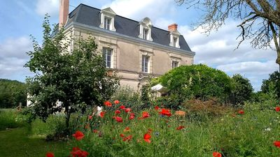 Photo for Large country mansion with chef's kitchen in Loire wine and chateau region