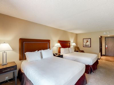 Photo for Room on 1st floor w/ bus to slope access, gym, shared pool, business center