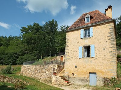 Photo for Cosy cocoon with pool&tennis. Great holidays in Dordogne guaranteed !