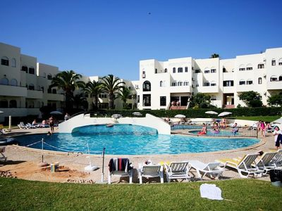 Photo for Apartment in the center of Alvor with Internet, Pool, Air conditioning, Parking (516484)