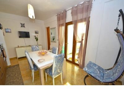 Photo for Apartment in Villa, 100 m from the sea, up to 5 people