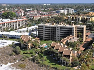 Photo for Chinaberry 446 - 2 Bedroom Condo with Private Beach with lounge chairs & umbrella provided, 2 Pools, Fitness Center and Tennis Courts.