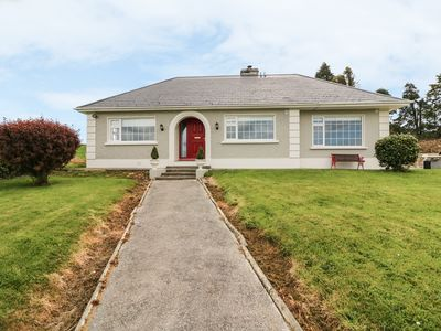 Photo for CLAREMONT, pet friendly in Killarney, County Kerry, Ref 983879