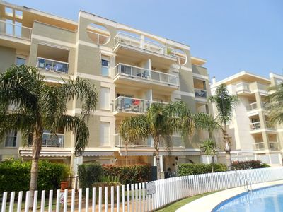 Photo for 2 bedroom apartment in superb residence.