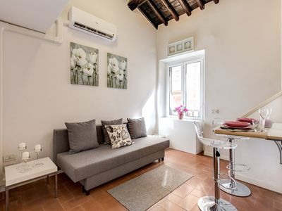 Photo for Charming apartment in the heart of Rome, few steps from Piazza di Spagna.