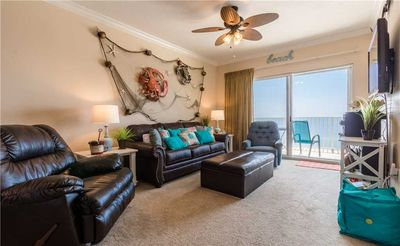 Crystal Shores 704 | PROFESSIONAL CLEANING |