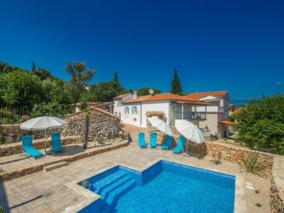 Photo for 2 bedroom Villa, sleeps 6 in Čižići with Pool, Air Con and WiFi