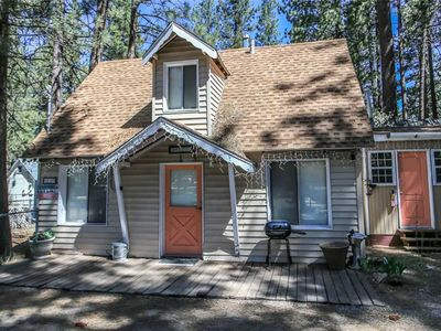Photo for Big Bear 4 Seasons One - Adorable Cottage Centrally Located! HBO, WiFi! FREE 2 hour Kayak Rental!