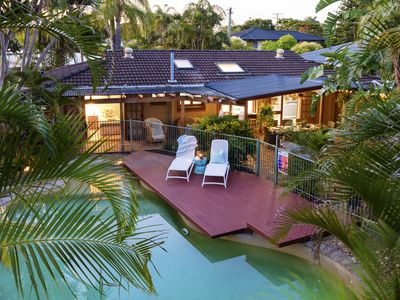 Photo for Earthy Charm by the Beach - pet-friendly, quiet neighbourhood, 1.5km to beach