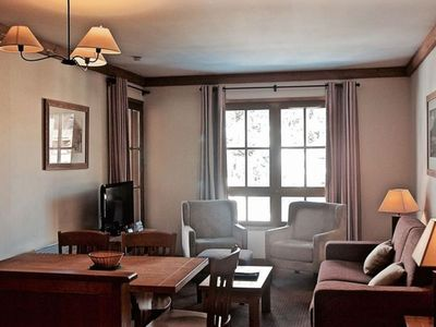 Photo for Lovely ski in/out apartment for 6 people in the 5* Residence Auberge Jerome