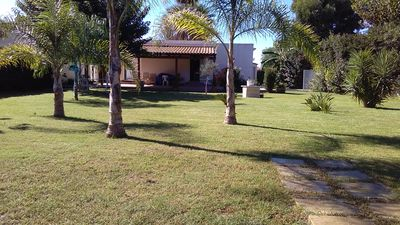 Photo for Villa with garden in San Lorenzo Noto-