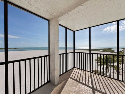 Photo for Carlos Pointe 536, Gulf Front, 2 Bedrooms, Elevator, Heated Pool, Sleeps 6