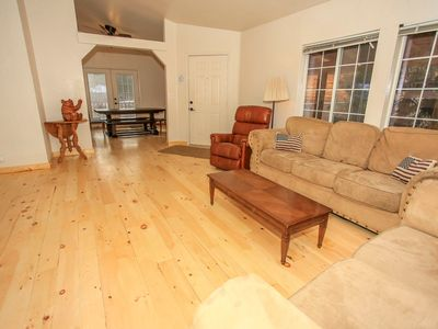 Photo for Country house 576 m from the center of Big Bear Lake with Parking, Internet (983555)