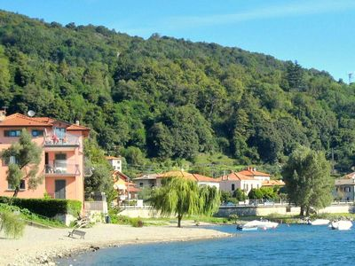 Photo for Beautiful 4 persons property directly situated on Lake Como.