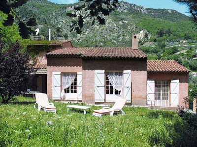 Photo for Provençal villa in the hinterland of Nice