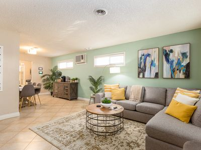 Photo for 3 Bd House Near Disney/Knotts/Convention Ctr~Sleeps 10!~King Beds!