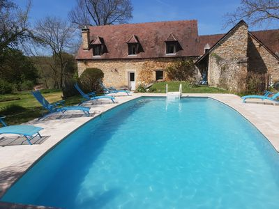 Photo for Perigord house with private pool in the heart of Black Perigord