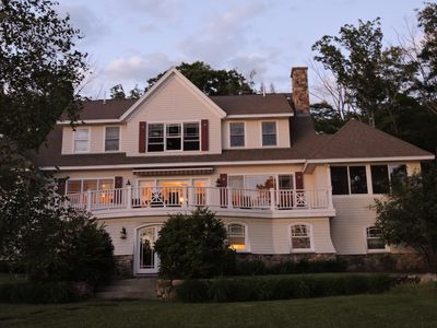 Lakefront  Family Home in Estate Area of Wolfeboro