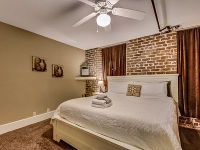Photo for Fabulous River street condo. In the middle of everything Savannah has to offer!