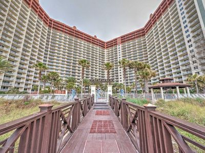 Photo for Gulf Front Studio Suite 805, Sleeps 4